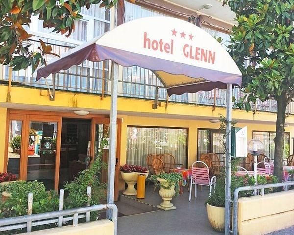 Hotel glenn rimini torre pedrera for Bagno 69 rimini