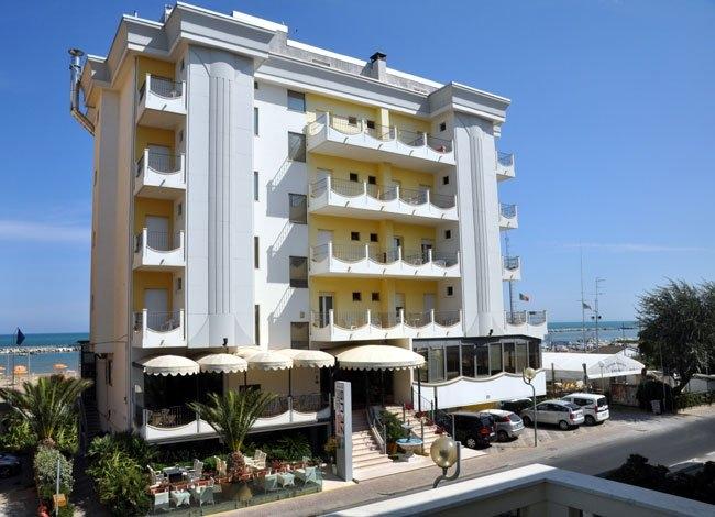 Hotel Zeus Rimini